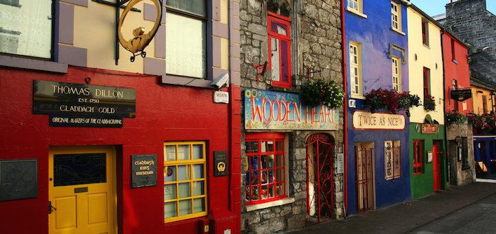 01_Galway_city_Quay Street